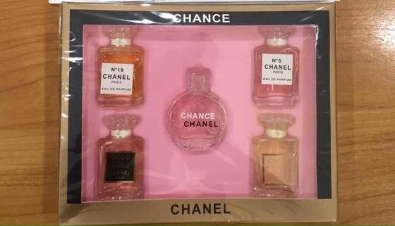น้ำหอมเทสเตอร์ Chanel Set 5 ขวด (หัวแต้ม) ภาพถ่ายจากสินค้าจริงจ๊ะ