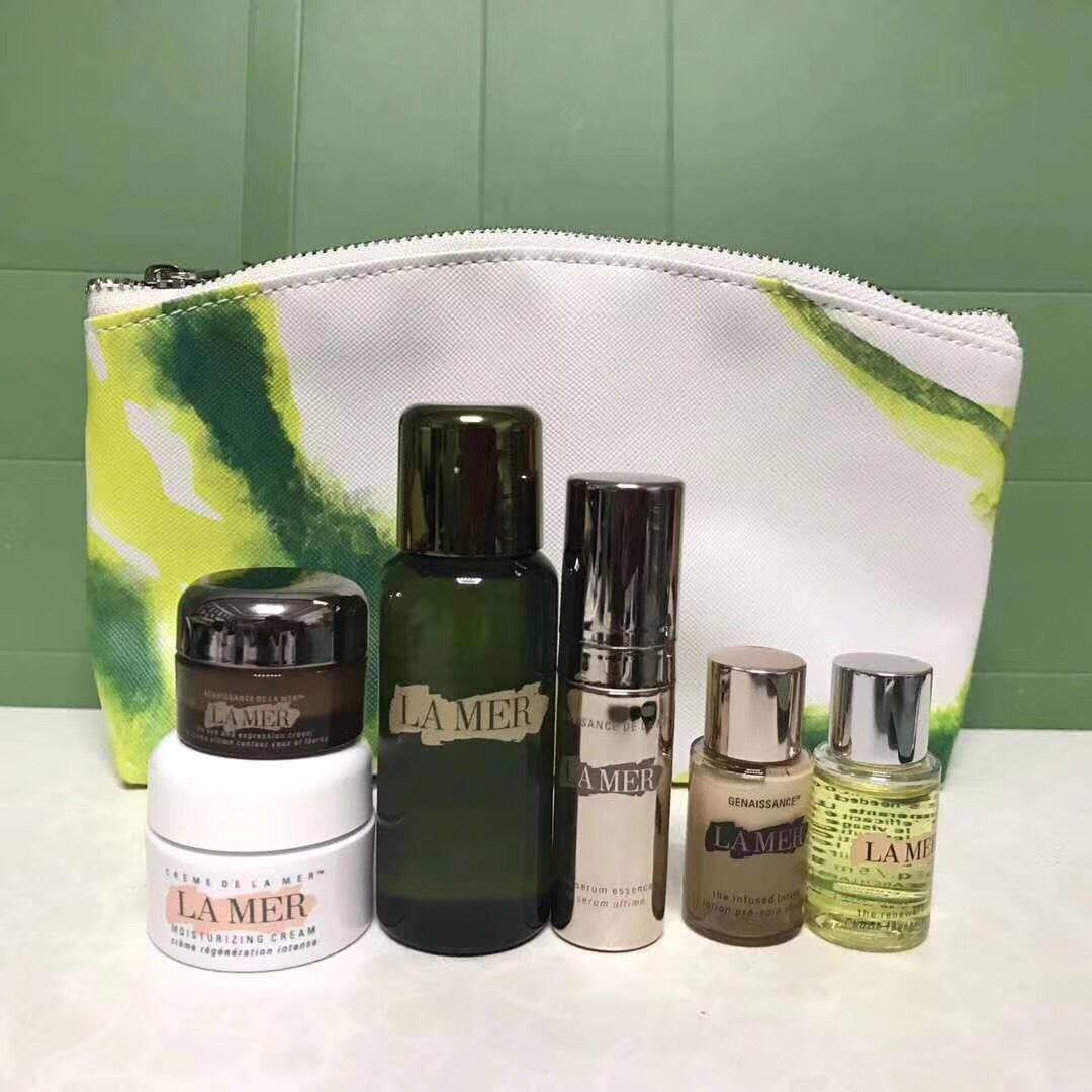 ชุดครีมบำรุงผิวขนาดทดลอง Lamer - Set 6 ชิ้น Travel exclusive มีกระเป๋าแถมสวยงาม เน้นเนื้อเซรั่ม