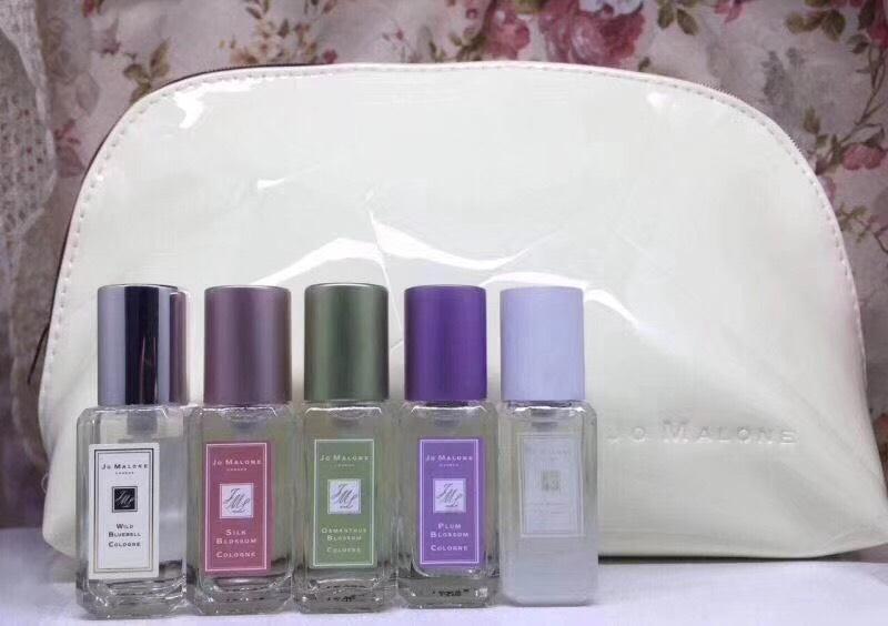 Jo malone Cologne london Collection 9ml.x5pcs.  แพคสวยภาพสินค้าจริงค่ะ (พร้อมกระเป๋าสีขาวสวยหรู)