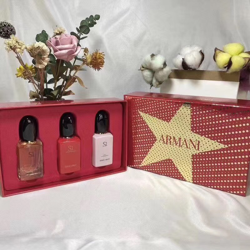 น้ำหอมเทสเตอร์ Giorgio armani for women  30ml.×3 ชิ้น แพคกล่องของขวัญสวยหรูกล่องดาวทอง