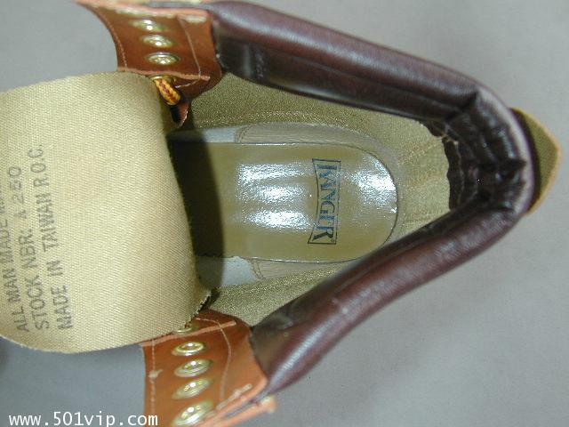 NEW boot RANGER สีน้ำตาล Taiwan ปี 1980 size 8.5 us หรือ 42.5 eu 8