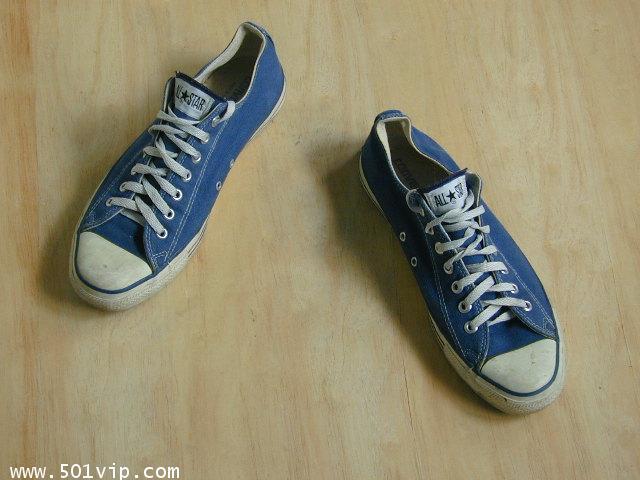 Used Converse สี น้ำเงิน made in USA เบอร 11