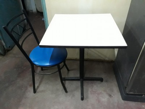 โต๊ะ เก้าอี้