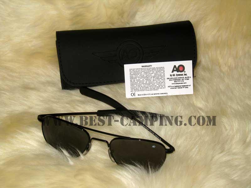แว่นตานักบิน , แว่นตา AO AMERICAN OPTLCAL EYEWEAR ORIGINAL PILOT 52 x 20 x 140mm ce , กรอบดำ