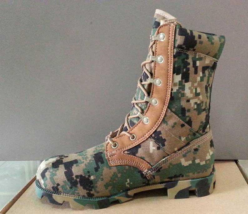 รองเท้าจังเกิ้ลลายดิจิตอลสีเขียว TACTICAL , DG-MARINES