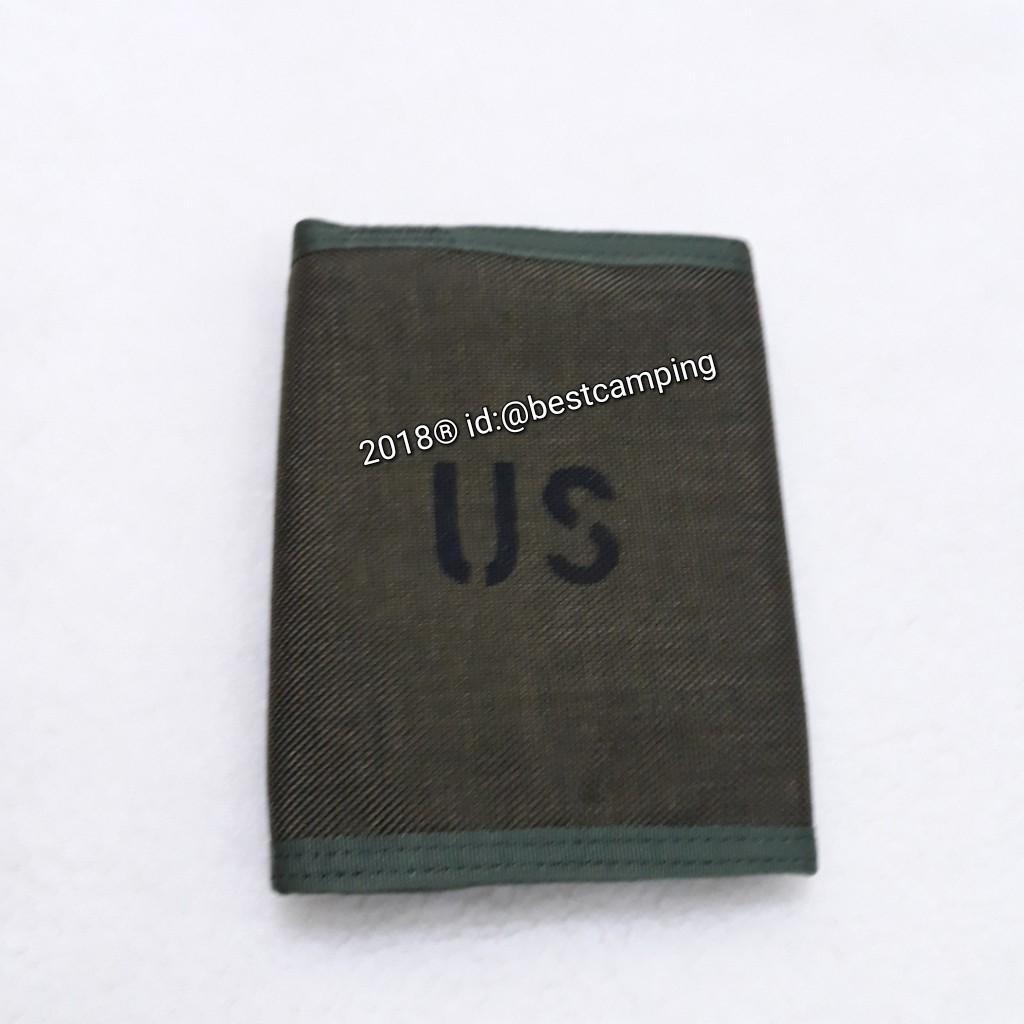 กระเป๋าสตางค์ลายทหาร,สีเขียว