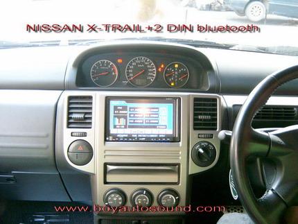 nissan x-trailเปลี่ยนเครื่องเล่น2dinแบบระบบสัมผ้สมีbluetoothและต่อกล้องมองหลัง