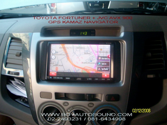 TOYOTA FORTUNER เข้ารูปสวยหรู เหมือนตัวท็อป JVC AVX 900 ใช้งานคู่กับระบบนำทาง GPS NAVIGATOR KAMAZ