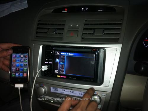 TOYOTA NEW CAMRY กับงานติดตั้ง PIONEER AVH-P2350 ใช้งาน iphone กับสายเดิมๆ 1