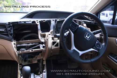 HONDA CIVIC โฉม 2012 ขึ้นไป  ALL NEW CIVIC ล่าสุดแปลงโฉมกับเครื่องเล่น multimedia 2 din