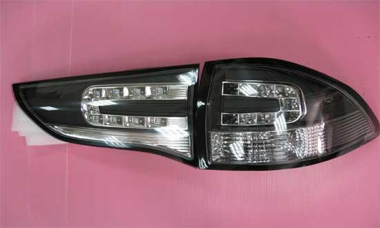ไฟท้ายแบบ LED.สำหรับ Mitsubishi Pajero Sport มีให้เลือกหลายแบบ