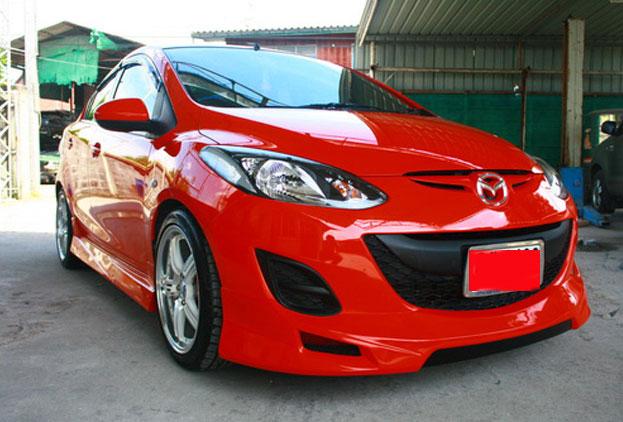 ชุดแต่งรอบคัน Mazda2 รุ่น 4 ประตู ทรง Shark Speed