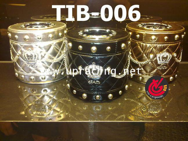 กล่องใส่ทิชชู VIP DAD Crownกลม_เงิน