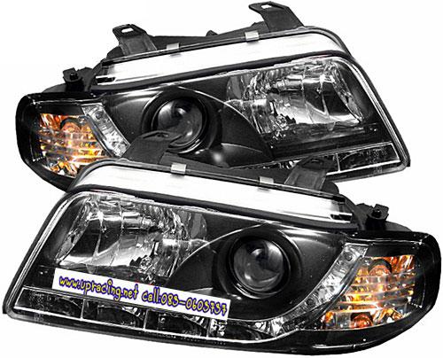 ไฟหน้าโปรเจคเตอร์ AUDI A4 95-00 ดำ มุมติด LED ยาว