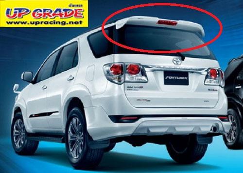 สปอยเลอร์หลัง Toyota Fortuner 2012 ทรง TRD Sportivo