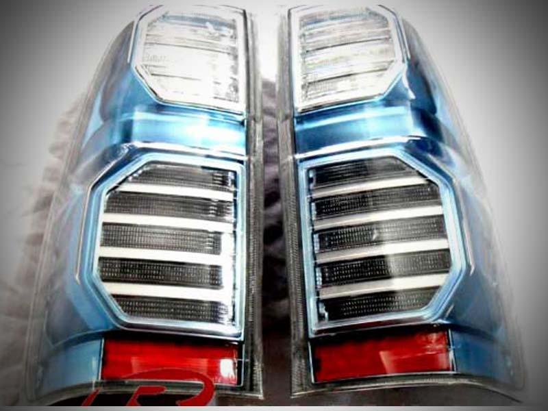 ไฟท้าย   VIGO-Champ  LED โคมฟ้า Style Hybrid