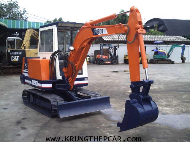 .ขาย รถขุด KUBOTA KH030 มีหัวเก๋ง ขนาดPC30 สภาพใช้น้อยมาก สวยจัด ทำงานเร็วเดินไว $A13-P6AT- 2