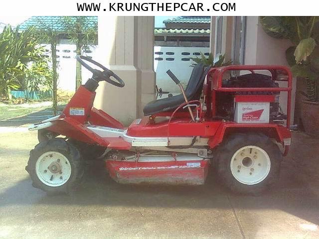 P5QN .ขาย รถตัดหญ้า มือสอง ขาย.รถตัดหญ้า นั่งขับ  ราคา มือสอง ญี่ปุ่น $A01 P5Qn