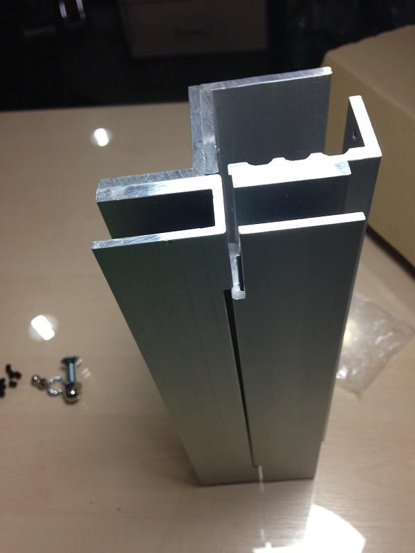 EM Lock Bracket DSU-600 ครอบกระจกสำหรับกลอนประตูไฟฟ้า ช่องว่าง น้อยกว่า 4 มิล ใส่ได้ 6