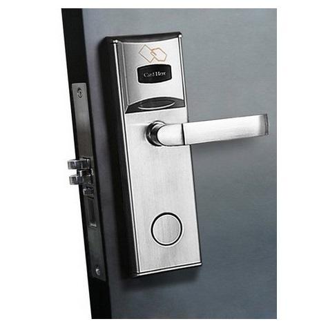 ดิจิตอลล็อค ใช้บัตรเปิดประตูและกุญแจได้