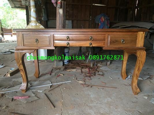 โต๊ะทำงานไม้สักขานก4