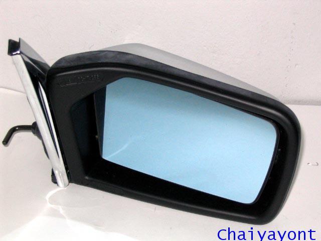 กระจกมองข้างขวาทั้งชุดรถเบนซ์ Mercedes-Benz W123