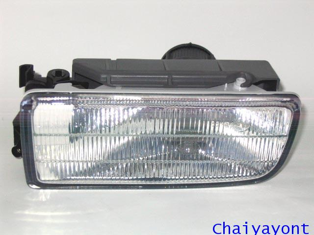 ชุดแต่งไฟตัดหมอก ไฟสปอร์ตไลท์ Hella Spot Light ซ้ายรถบีเอ็มดับบลิว BMW E36 316i 318i 325i Series 3