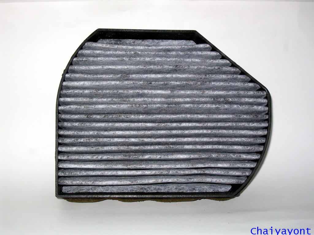 ไส้กรองแอร์รุ่นคาร์บอนรถเบนซ์ Mercedes - Benz W202 C180 C200 C220 C-Class