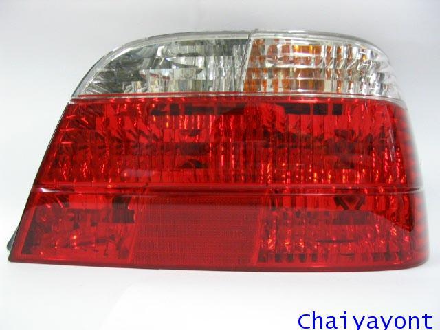 ไฟท้ายด้านขวาตาเพชรใสสีขาวแดง รถบีเอ็มดับบลิว BMW E38 728i 730i 730iL 735i 735iL 740i 740iL Series 7