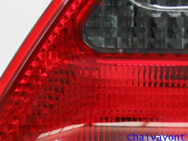 ประดับยนต์ชุดแต่งไฟท้ายสีดำดวงในรมควันด้านซ้าย รถเบนซ์นิวอาย Mercedes-Benz W210 E230 E240 New Eye 2