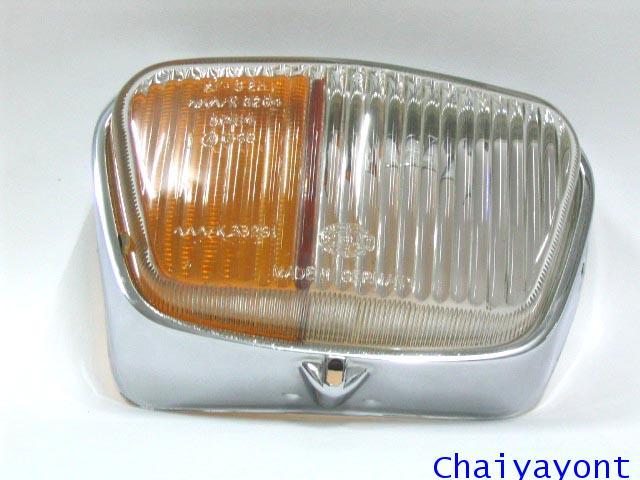 ไฟเลี้ยวไฟตัดหมอก รถเบนซ์หางปลาคลาสสิคโบราณ Classic Vintage Mercedes-Benz Fintail W110 200C 200SE