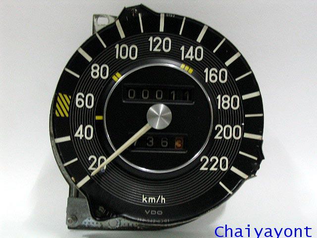 หน้าปัดเรือนไมล์ เกจความเร็ว รถเบนซ์ตั๊กแตนคลาสสิคโบราณ Mercedes-Benz W108 W109 250S 280SEL 300SEL