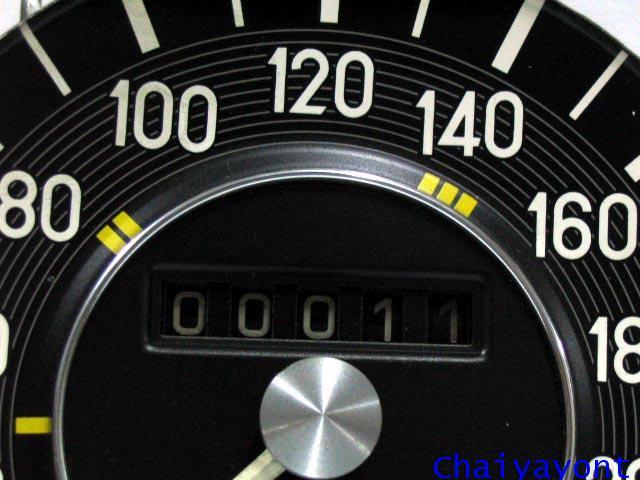 หน้าปัดเรือนไมล์ เกจความเร็ว รถเบนซ์ตั๊กแตนคลาสสิคโบราณ Mercedes-Benz W108 W109 250S 280SEL 300SEL 2