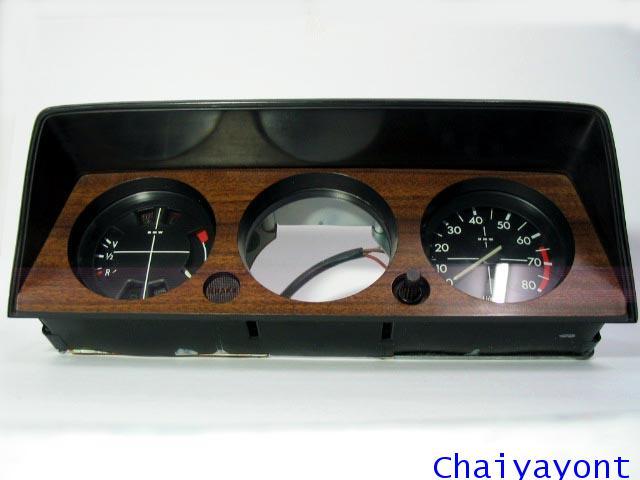 หน้าปัดเรือนไมล์ รถบีเอ็มดับบลิวคลาสสิคโบราณ Classic Auto Vintage BMW 1600 1602 1800 2002 2002tii