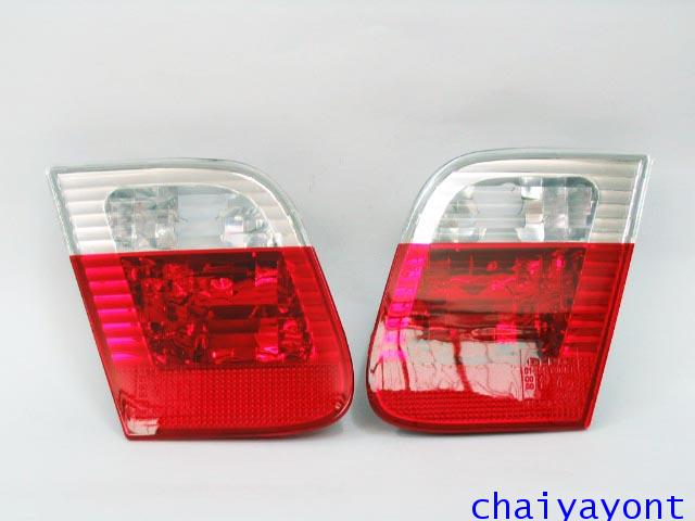 ไฟท้ายด้านในข้างขวาชุดแต่งสีขาว-แดง รถ BMW E46 318i 320i 325i Series 3