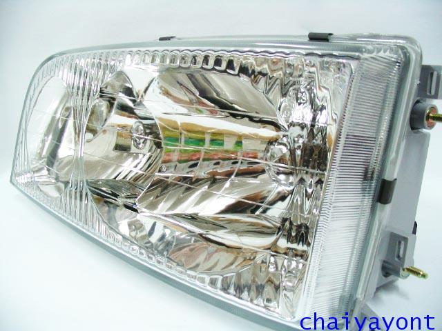 ไฟหน้าซ้ายทั้งดวง แบบใส ไฟหน้าเพชร OEM Ssanyong Mercedes-Benz MB100 MB140