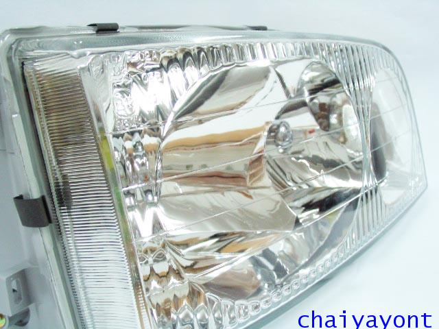 ไฟหน้าขวาทั้งดวง แบบใส ไฟหน้าเพชร OEM Ssanyong Mercedes-Benz MB100 MB140