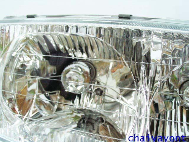 ไฟหน้าขวาทั้งดวง แบบใส ไฟหน้าเพชร OEM Ssanyong Mercedes-Benz MB100 MB140 6