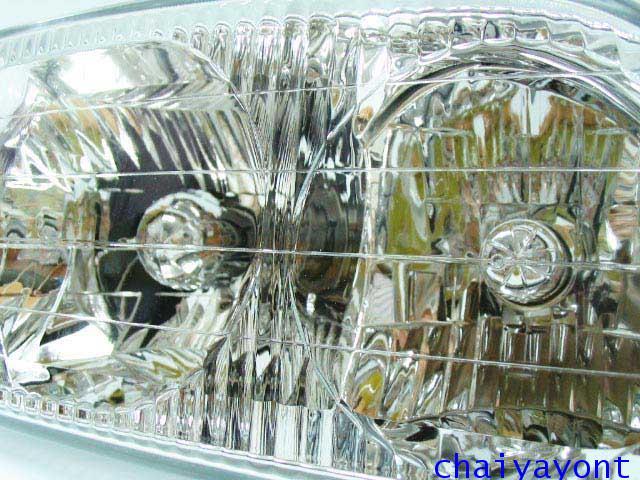 ไฟหน้าขวาทั้งดวง แบบใส ไฟหน้าเพชร OEM Ssanyong Mercedes-Benz MB100 MB140 7