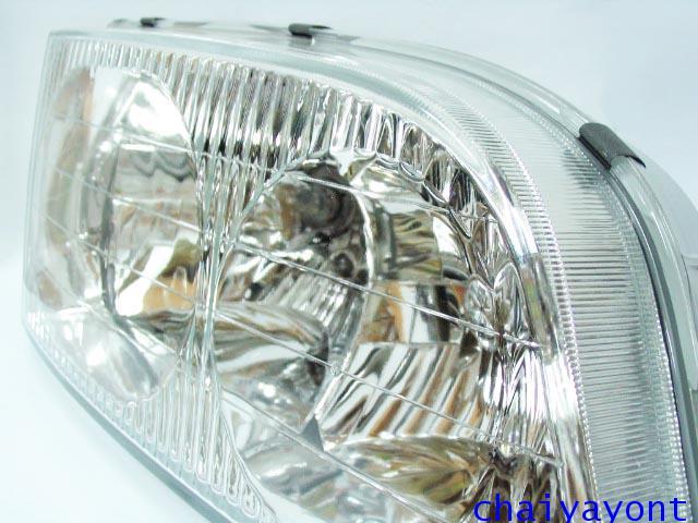 ไฟหน้าขวาทั้งดวง แบบใส ไฟหน้าเพชร OEM Ssanyong Mercedes-Benz MB100 MB140 8