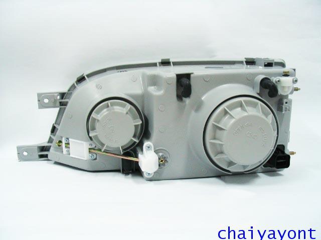 ไฟหน้าขวาทั้งดวง แบบใส ไฟหน้าเพชร OEM Ssanyong Mercedes-Benz MB100 MB140 10