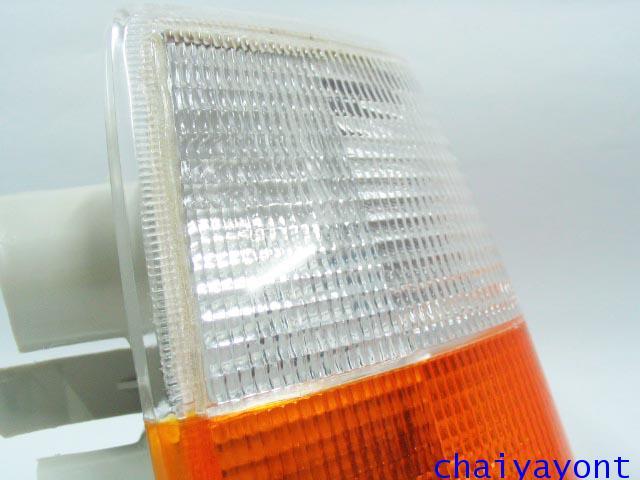 ไฟเลี้ยวสีขาว-ส้มด้านขวา Bosch วอลโว่ Volvo 940