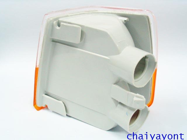 ไฟเลี้ยวสีขาว-ส้มด้านขวา Bosch วอลโว่ Volvo 940 6