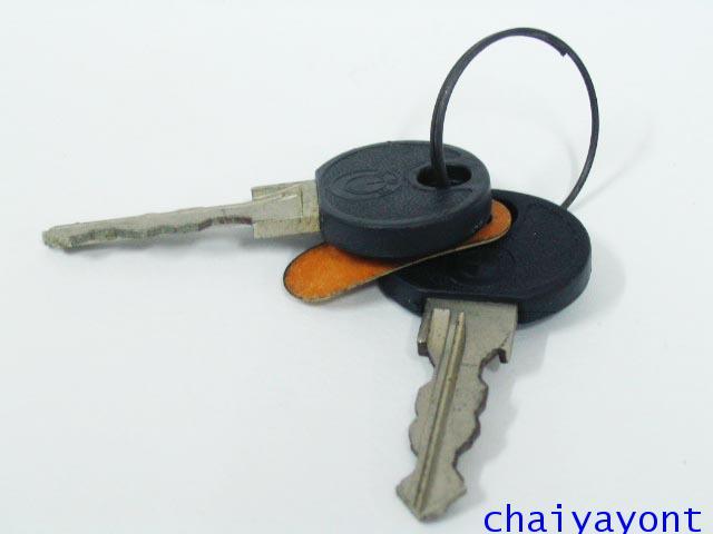 ไส้กุญแจประตูบีเอ็มรุ่นเก่า รถบีเอ็มดับบลิวคลาสสิคโบราณ Classic BMW E12 518i 520 525 528 M10 M20 10