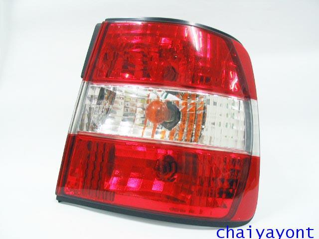 ชุดแต่งไฟท้ายเพชร คริสตัลใส ขาว-แดง ด้านขวา รถบีเอ็มดับบลิว BMW E34 518i 520i 525i 530i M43 M50