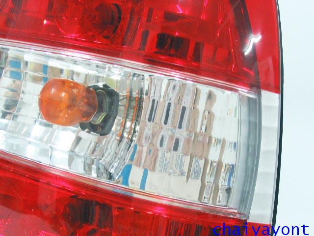 ชุดแต่งไฟท้ายเพชร คริสตัลใส ขาว-แดง ด้านขวา รถบีเอ็มดับบลิว BMW E34 518i 520i 525i 530i M43 M50 2