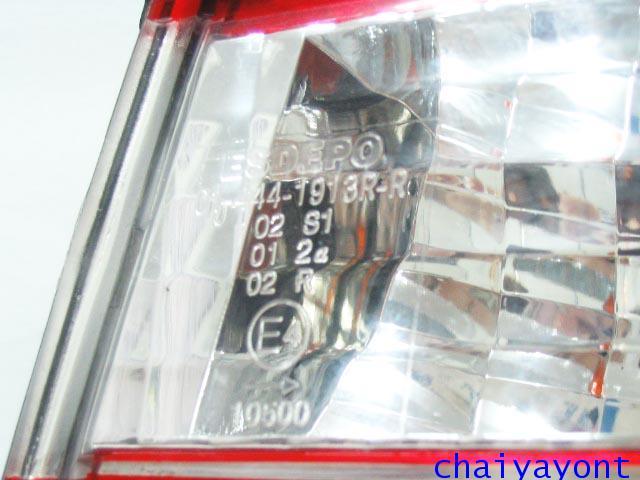 ชุดแต่งไฟท้ายเพชร คริสตัลใส ขาว-แดง ด้านขวา รถบีเอ็มดับบลิว BMW E34 518i 520i 525i 530i M43 M50 3