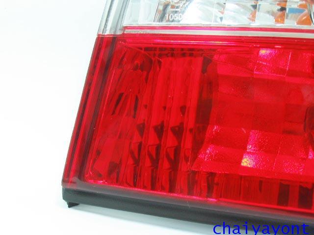 ชุดแต่งไฟท้ายเพชร คริสตัลใส ขาว-แดง ด้านขวา รถบีเอ็มดับบลิว BMW E34 518i 520i 525i 530i M43 M50 4