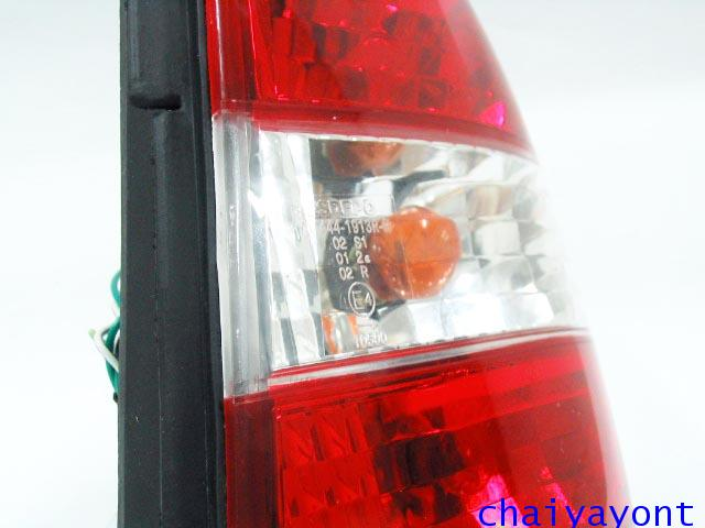 ชุดแต่งไฟท้ายเพชร คริสตัลใส ขาว-แดง ด้านขวา รถบีเอ็มดับบลิว BMW E34 518i 520i 525i 530i M43 M50 5