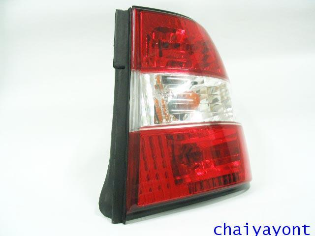 ชุดแต่งไฟท้ายเพชร คริสตัลใส ขาว-แดง ด้านขวา รถบีเอ็มดับบลิว BMW E34 518i 520i 525i 530i M43 M50 8